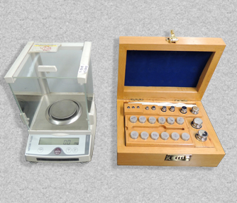 Analytical Balance, Weight Box & Lab Instruments
